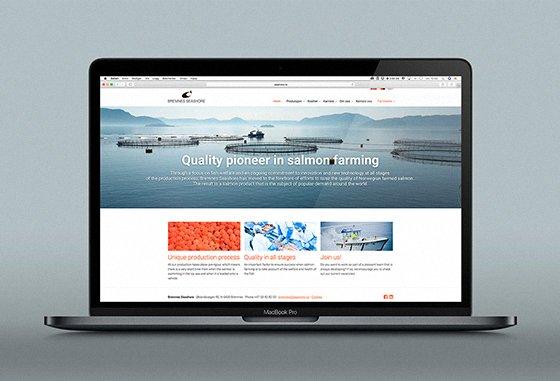 Bremnes Seashore's nettsider vist på dataskjerm