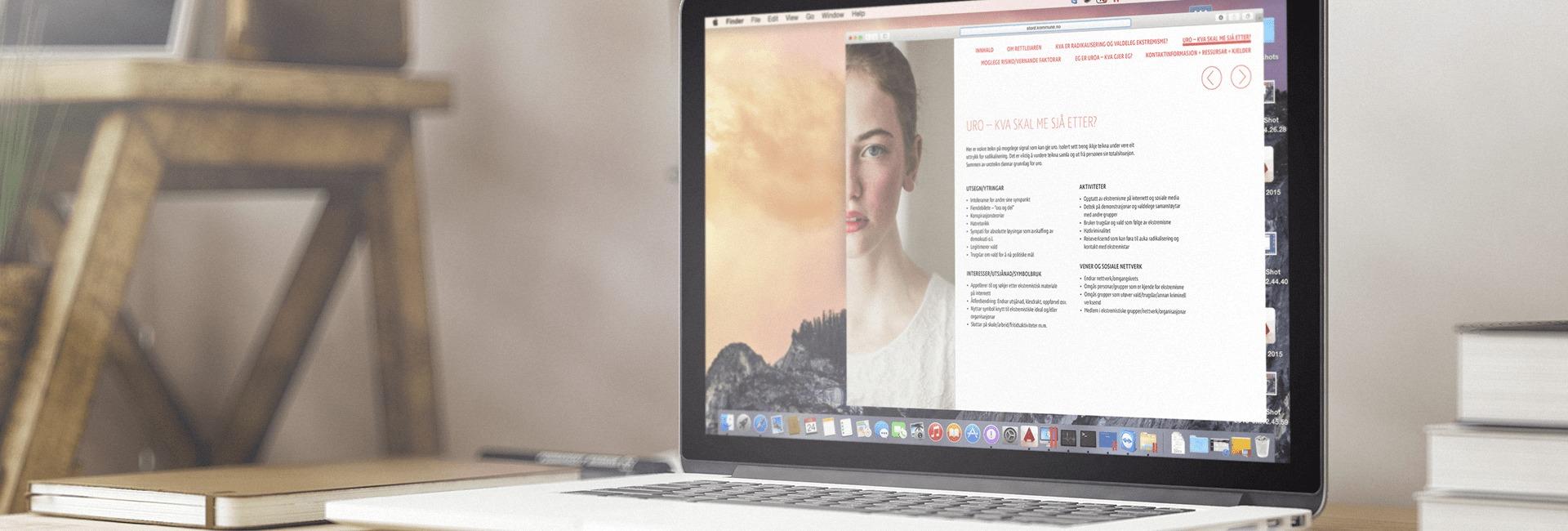 Den digitale versjonen av dokumentet vist åp en skjerm